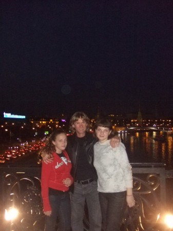 With my daughters Valeria and Yana in Moscow at night