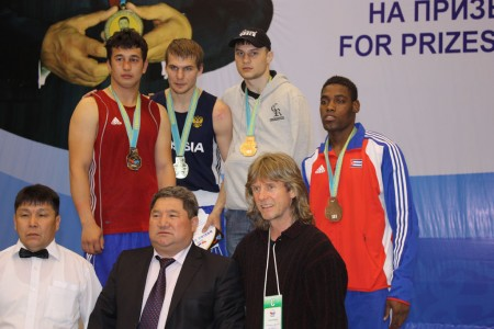 Light heavy weight medalists after awards.